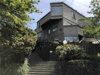 "Photo 16: 46 870 W 7TH Avenue in Vancouver: Fairview VW Townhouse for sale in ""Laurel Court"" (Vancouver West)  : MLS®# R2537900"
