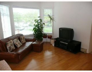 Photo 3: 14 8120 GENERAL CURRIE Road in Richmond: Brighouse South Townhouse for sale : MLS®# V711088