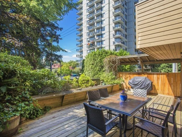 """Main Photo: 211 1435 NELSON Street in Vancouver: West End VW Condo for sale in """"WESTPORT"""" (Vancouver West)  : MLS®# R2020182"""