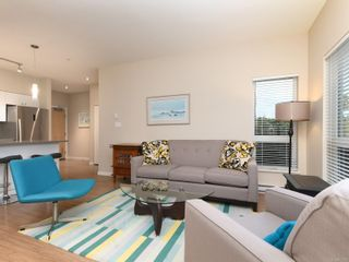 Photo 4: 104 785 Tyee Rd in : VW Victoria West Condo for sale (Victoria West)  : MLS®# 871798