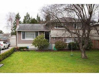 """Photo 1: 3700 ROYALMORE Avenue in Richmond: Seafair House for sale in """"MOORES"""" : MLS®# V804841"""