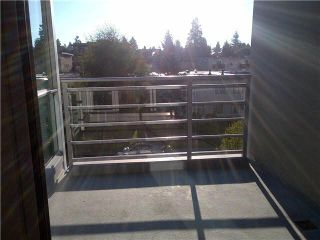 """Photo 9: 317 135 E 17TH Street in North Vancouver: Central Lonsdale Condo for sale in """"Local on Lonsdale"""" : MLS®# V1084301"""