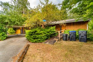 Photo 1: 735 THACKER Avenue in Hope: Hope Center House for sale : MLS®# R2613302