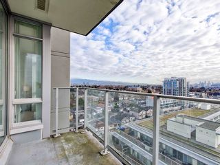 "Photo 16: 1607 4815 ELDORADO Mews in Vancouver: Collingwood VE Condo for sale in ""2300 KINGSWAY"" (Vancouver East)  : MLS®# R2562372"