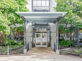 Photo 2: 1203 1068 HORNBY Street in Vancouver: Downtown VW Condo for sale (Vancouver West)  : MLS®# R2594524