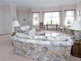 Photo 5: 7972 Polo Park Crescent in SAANICHTON: CS Saanichton Residential for sale (Central Saanich)  : MLS®# 312131