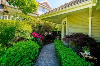 """Photo 33: 4 3405 PLATEAU Boulevard in Coquitlam: Westwood Plateau Townhouse for sale in """"Pinnacle Ridge"""" : MLS®# R2603190"""