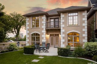 Photo 4: 832 Saskatchewan Crescent East in Saskatoon: Nutana Residential for sale : MLS®# SK872421