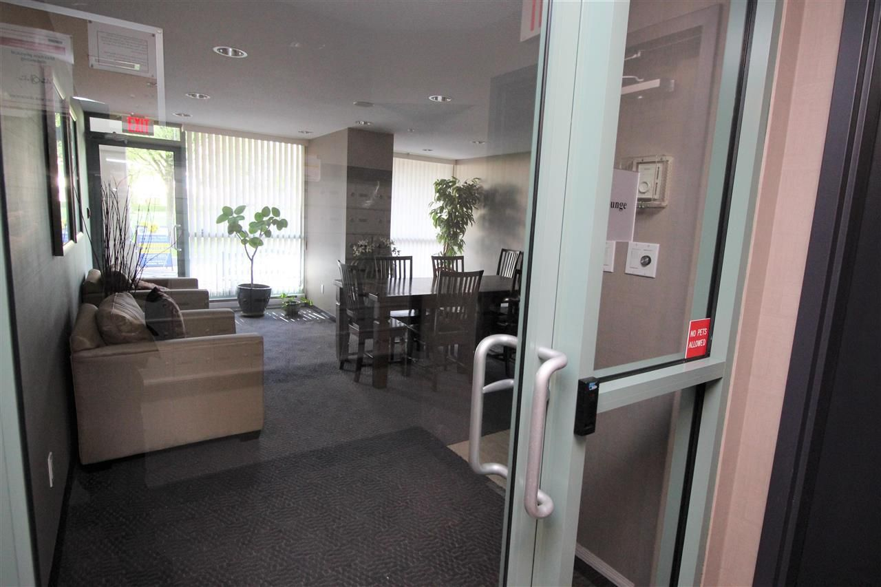 """Photo 16: Photos: 1005 6659 SOUTHOAKS Crescent in Burnaby: Highgate Condo for sale in """"Gemini II"""" (Burnaby South)  : MLS®# R2591130"""