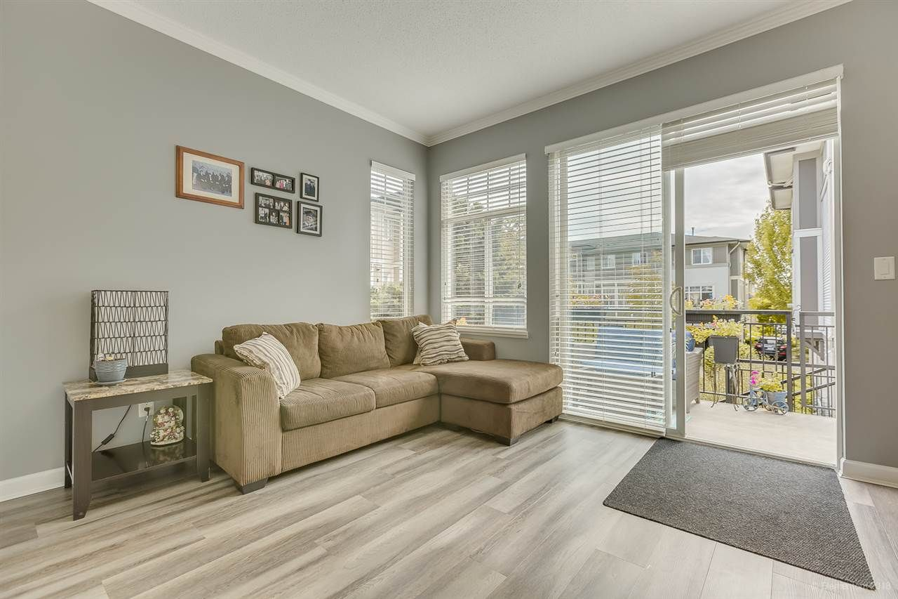 """Photo 14: Photos: 50 1010 EWEN Avenue in New Westminster: Queensborough Townhouse for sale in """"Windsor Mews"""" : MLS®# R2468809"""