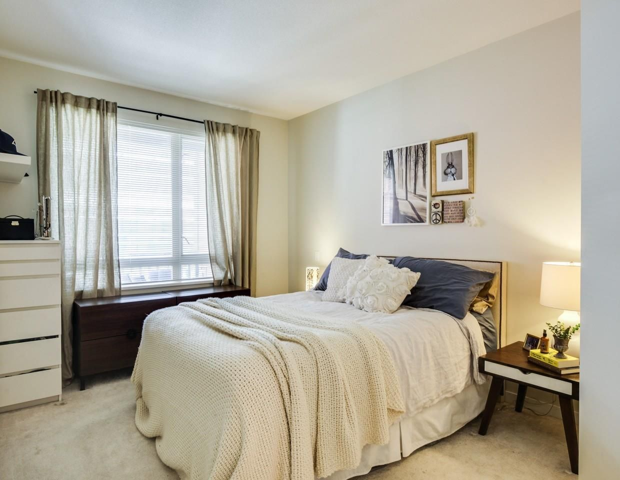 Photo 9: Photos: 319 119 W 22ND STREET in North Vancouver: Central Lonsdale Condo for sale : MLS®# R2047201