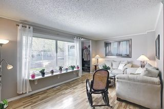 Photo 6: 787 Kingsmere Crescent SW in Calgary: Kingsland Row/Townhouse for sale : MLS®# A1108605