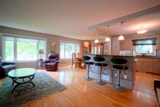 Photo 15: 104 Meighen Avenue in Portage la Prairie: House for sale : MLS®# 202114338