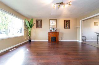 Photo 4: 10734 70 Avenue in Edmonton: Zone 15 House Half Duplex for sale : MLS®# E4264196