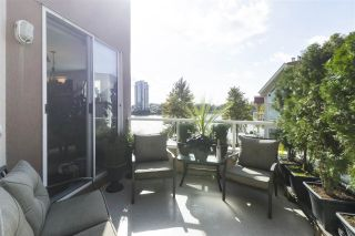 "Photo 7: 420 1150 QUAYSIDE Drive in New Westminster: Quay Condo for sale in ""WESTPORT"" : MLS®# R2527891"