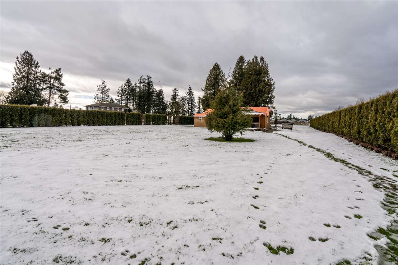 Photo 35: Photos: 1408 CLEARBROOK Road in Abbotsford: Poplar House for sale : MLS®# R2541003