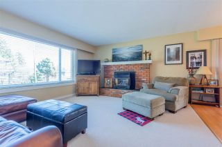 Photo 3: 1393 131 Street in Surrey: Crescent Bch Ocean Pk. House for sale (South Surrey White Rock)  : MLS®# R2548021