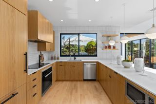 Photo 6: ENCINITAS House for sale : 5 bedrooms : 605 Cornish