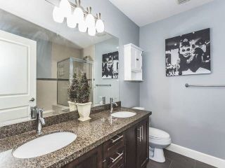 """Photo 9: 52 19560 68 Avenue in Surrey: Clayton Townhouse for sale in """"Solano"""" (Cloverdale)  : MLS®# R2139361"""