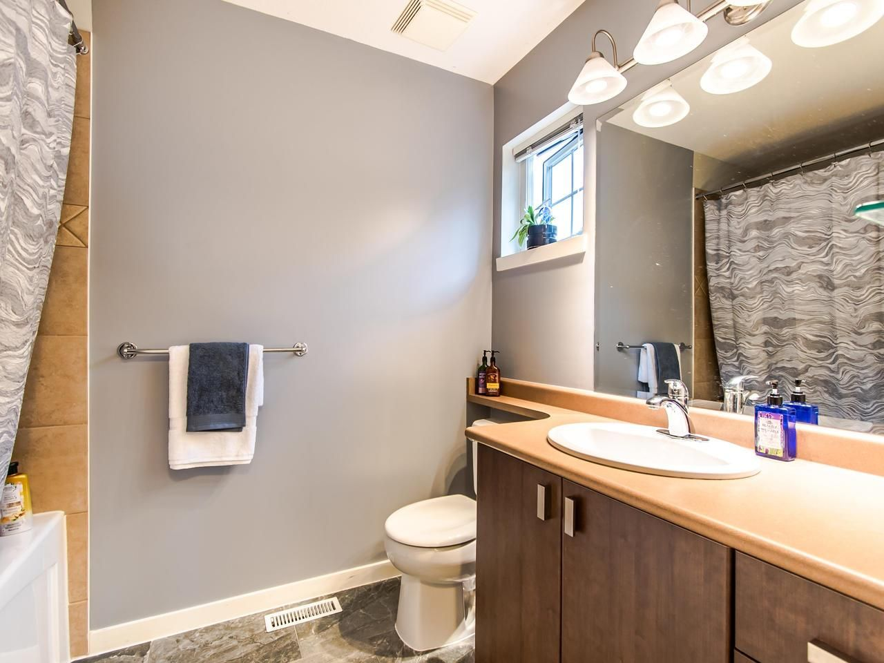 """Photo 15: Photos: 7 2200 PANORAMA Drive in Port Moody: Heritage Woods PM Townhouse for sale in """"THE QUEST"""" : MLS®# R2414883"""