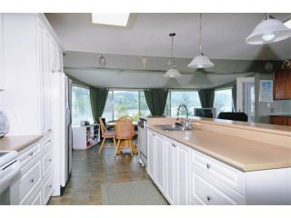 "Photo 3: 1252 IOCO Road in Port Moody: Barber Street House for sale in ""IOCO"" : MLS®# V889074"