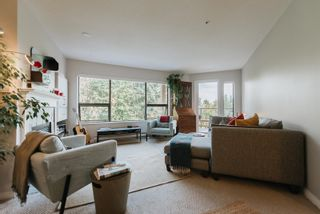 """Photo 2: 203 5855 COWRIE Street in Sechelt: Sechelt District Condo for sale in """"THE OSPREY"""" (Sunshine Coast)  : MLS®# R2617071"""