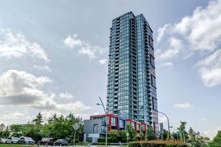 "Photo 1: 1707 6658 DOW Avenue in Burnaby: Metrotown Condo for sale in ""Moda by Polygon"" (Burnaby South)  : MLS®# R2463781"