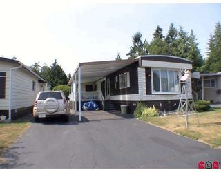 """Photo 1: 159 3665 244TH Street in Langley: Otter District Manufactured Home for sale in """"LANGLEY GROVE ESTATES"""" : MLS®# F2928075"""