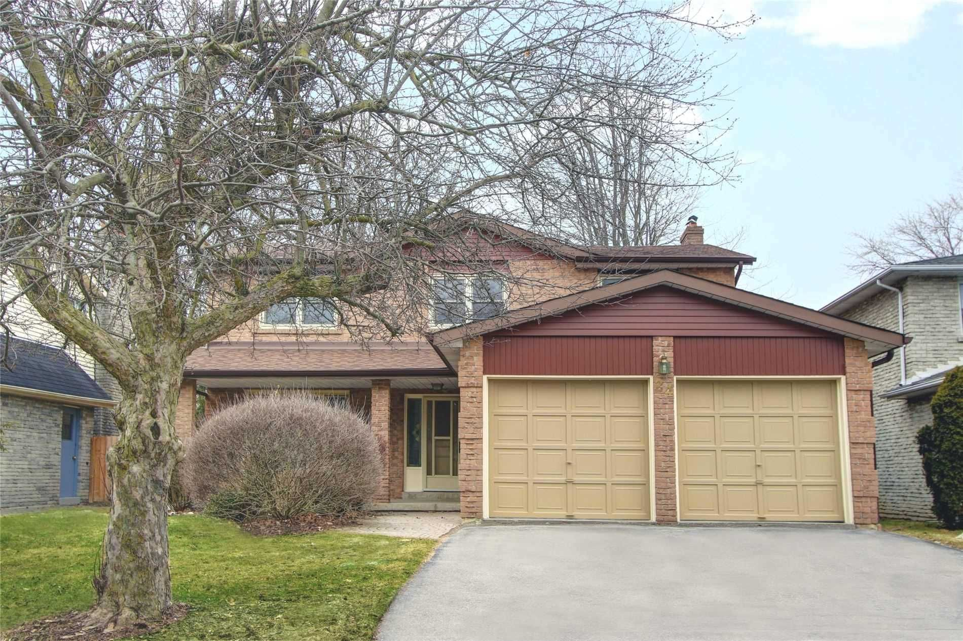 Main Photo: 24 Greentree Rd in Markham: Freehold for sale : MLS®# N4722562
