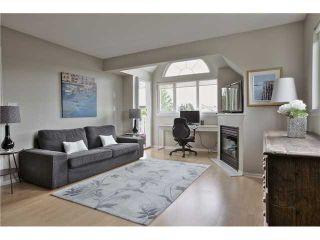 "Photo 2: 406 1623 E 2ND Avenue in Vancouver: Grandview VE Condo for sale in ""GRANDVIEW MANOR"" (Vancouver East)  : MLS®# V1066564"