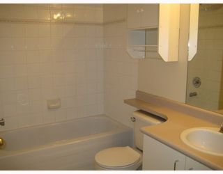 """Photo 6: 304 525 AGNES Street in New_Westminster: Downtown NW Condo for sale in """"AGNES TERRACE"""" (New Westminster)  : MLS®# V784575"""