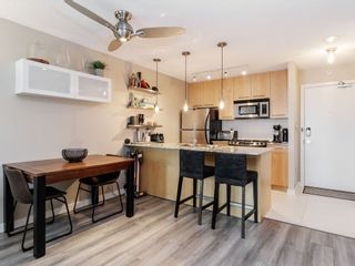 Photo 10: 703-2979 Glen Drive in Coquitlam: North Coquitlam Condo for sale : MLS®# R2455650