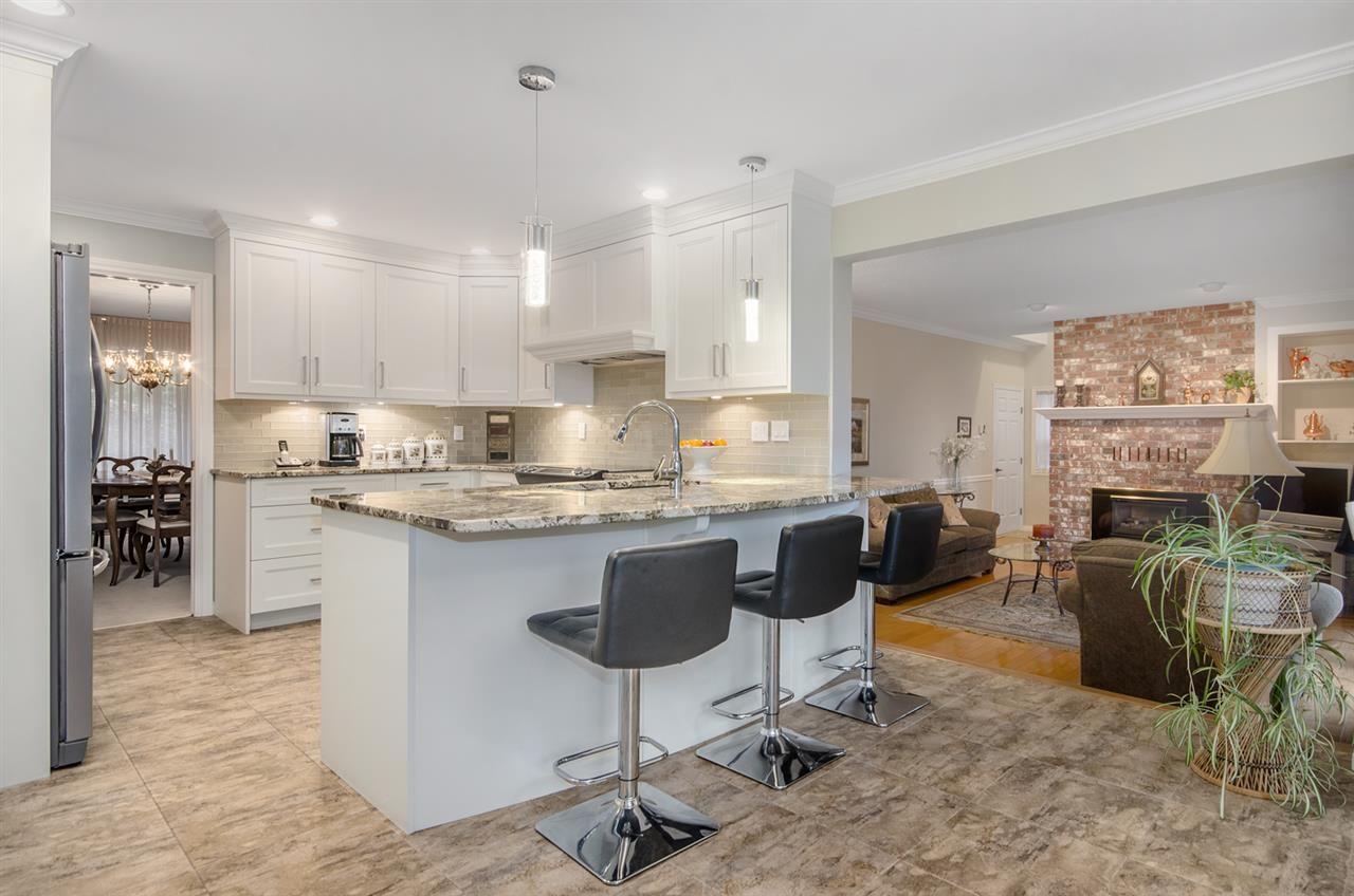 Photo 10: Photos: 16953 31 AVENUE in Surrey: Grandview Surrey House for sale (South Surrey White Rock)  : MLS®# R2157307