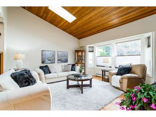 """Photo 5: 21021 43 Avenue in Langley: Brookswood Langley House for sale in """"Cedar Ridge"""" : MLS®# R2521660"""