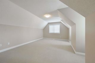 Photo 39: 1197 HOLLANDS Way in Edmonton: Zone 14 House for sale : MLS®# E4242698