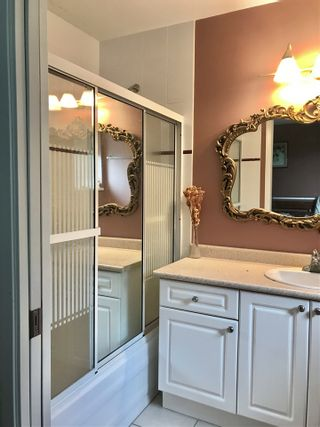 "Photo 13: 7220 SCHAEFER Avenue in Richmond: Broadmoor House for sale in ""Broadmoor"" : MLS®# R2439674"