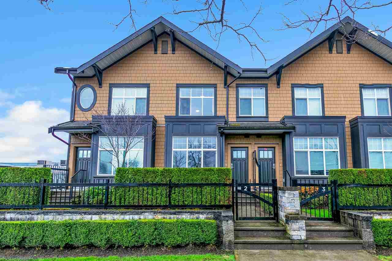Main Photo: 2 6088 BERESFORD Street in Burnaby: Metrotown Townhouse for sale (Burnaby South)  : MLS®# R2556783