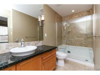 Photo 11: 207 1642 McKenzie Ave in VICTORIA: SE Lambrick Park Condo for sale (Saanich East)  : MLS®# 695484