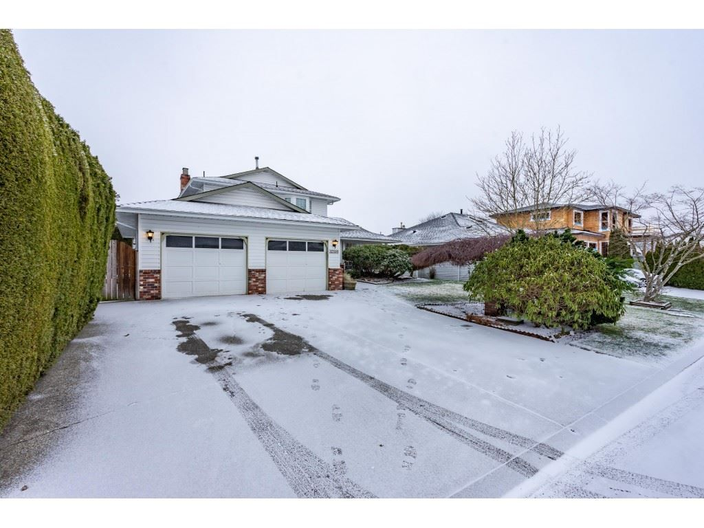 Main Photo: 32110 BALFOUR Drive in Abbotsford: Central Abbotsford House for sale : MLS®# R2538630