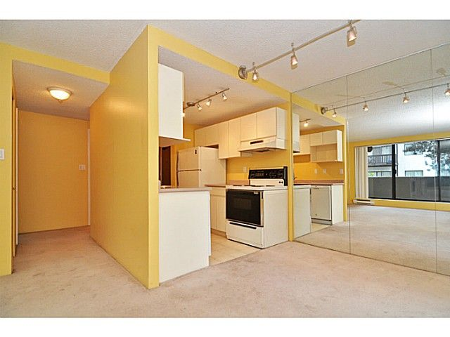 Photo 5: Photos: 204 110 W 4TH STREET in : Lower Lonsdale Condo for sale : MLS®# V1070912