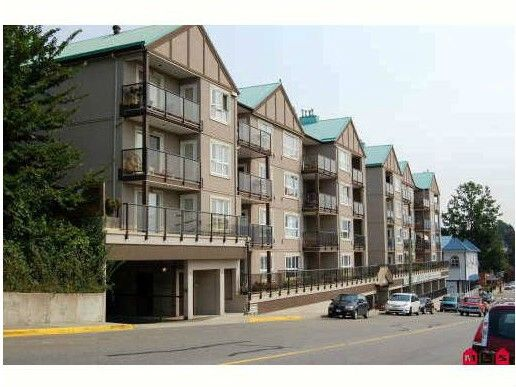 """Main Photo: 309 33165 2ND Avenue in Mission: Mission BC Condo for sale in """"MISSION MANOR"""" : MLS®# F1411336"""