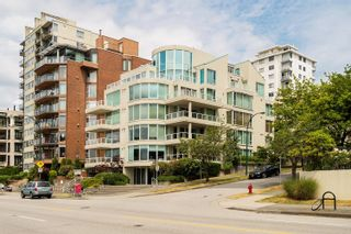 Main Photo: PH 1403 BEACH Avenue in Vancouver: West End VW Condo for sale (Vancouver West)  : MLS®# R2623630