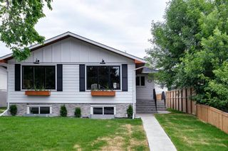 Photo 1: 1026 39 Avenue NW in Calgary: Cambrian Heights Semi Detached for sale : MLS®# A1127206