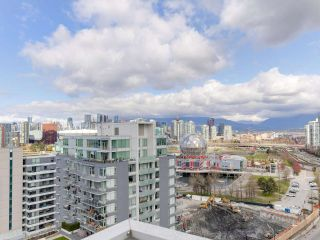 "Photo 22: 1806 111 E 1ST Avenue in Vancouver: Mount Pleasant VE Condo for sale in ""BLOCK 100"" (Vancouver East)  : MLS®# R2561201"