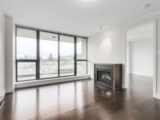"""Photo 4: 706 2959 GLEN Drive in Coquitlam: North Coquitlam Condo for sale in """"THE PARC"""" : MLS®# R2156531"""