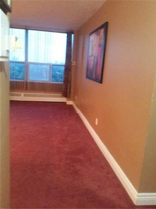 Photo 2: 1207 5 Vicora Linkway in Toronto: Flemingdon Park Condo for sale (Toronto C11)  : MLS®# C3702942