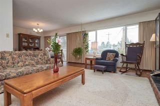 Photo 4: 8912 WATSON Drive in Delta: Nordel House for sale (N. Delta)  : MLS®# R2339817