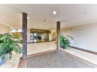 Photo 2: 304 7171 121 Street in Surrey: West Newton Condo for sale : MLS®# R2029159
