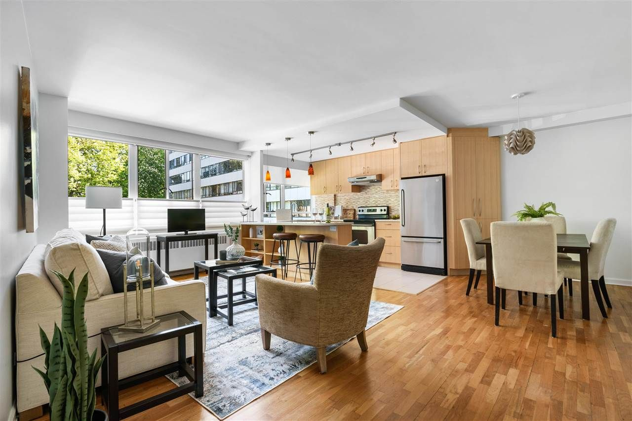 """Main Photo: 123 1445 MARPOLE Avenue in Vancouver: Fairview VW Condo for sale in """"HYCROFT TOWERS"""" (Vancouver West)  : MLS®# R2580832"""