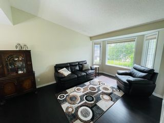 Photo 3: 1008 High Glen Bay NW: High River Detached for sale : MLS®# A1121017